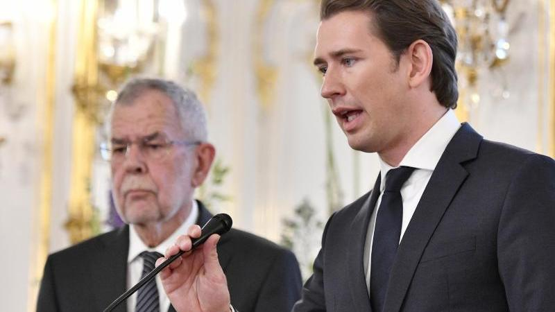 Auch Österreichs Bundespräsident Alexander van der Bellen und Bundeskanzler Sebastian Kurz spenden ihr Monatsgehalt.