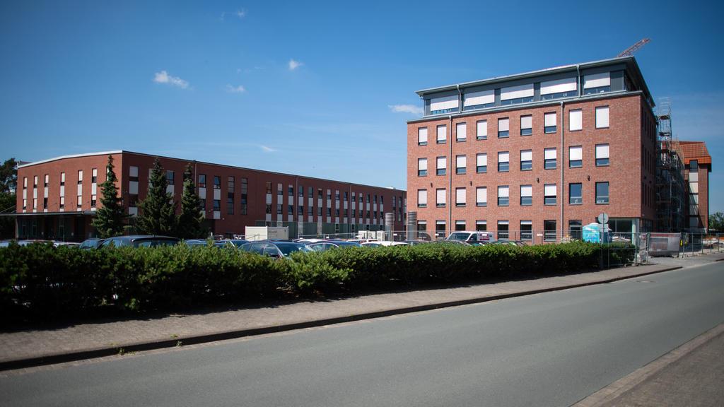 Schloß Holte-Stukenbrock: Die Firma ARI Armaturen GmbH & Co. KG. Nach einem mutmaßlichen Mordversuch mit vergiftetem Pausenbrot werden die Ermittlungen ausgeweitet. Polizei und Staatsanwaltschaft prüfen jetzt rückwirk