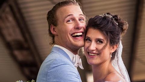 weltenbummler-uberglucklich-christopher-schacht-hat-geheiratet