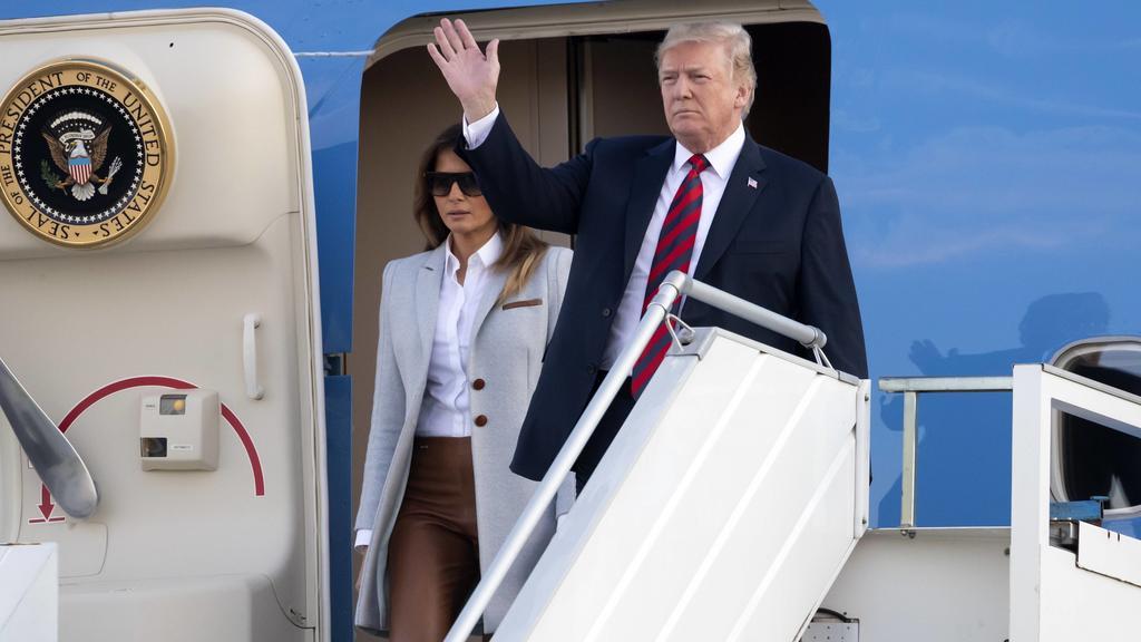 Trump und Melania bei Ankunft in Helsinki