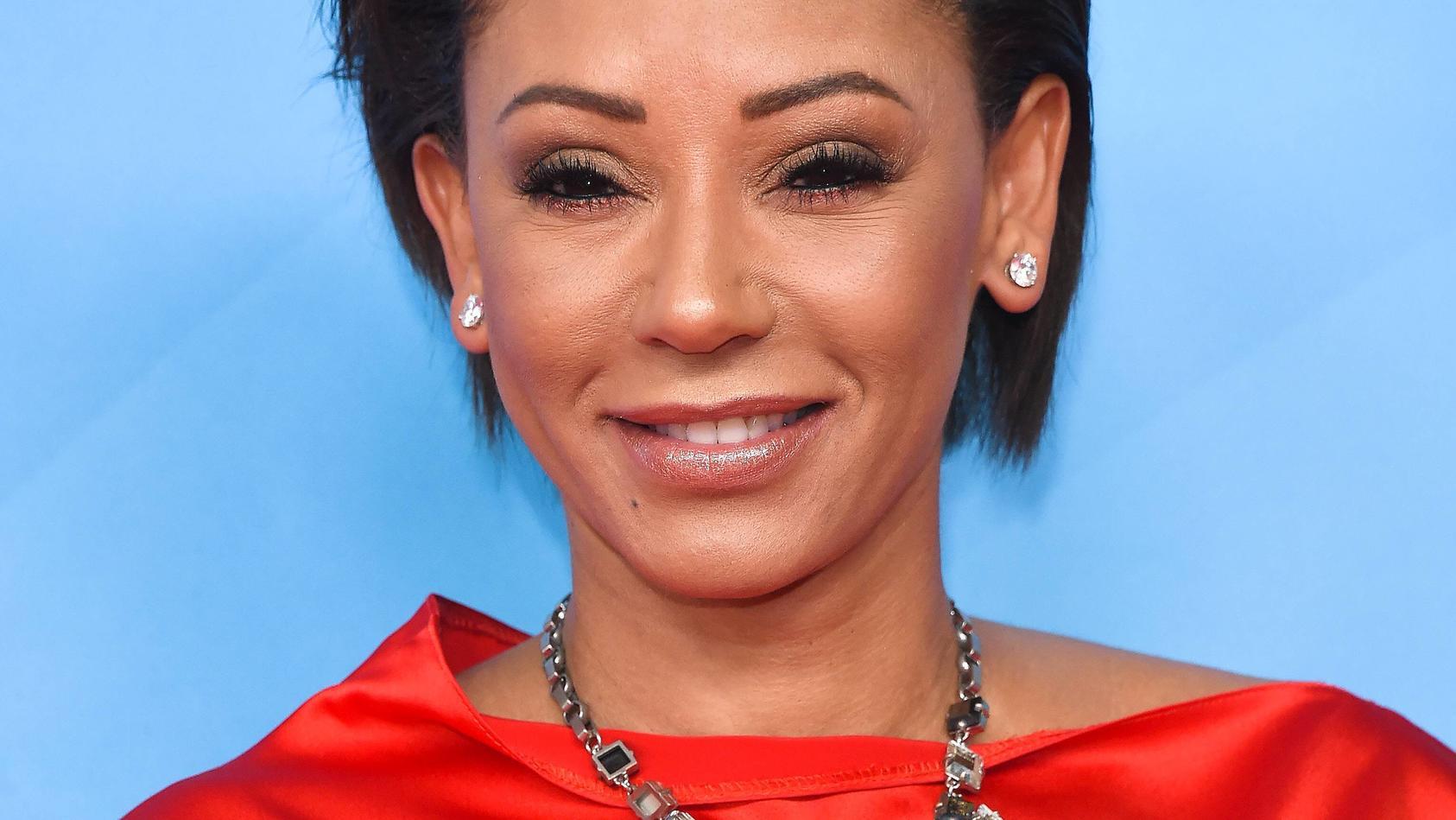 """Mel Bs Tochter Phoenix Chi sieht aus wie ihre """"Spice Girls""""-Mutter."""