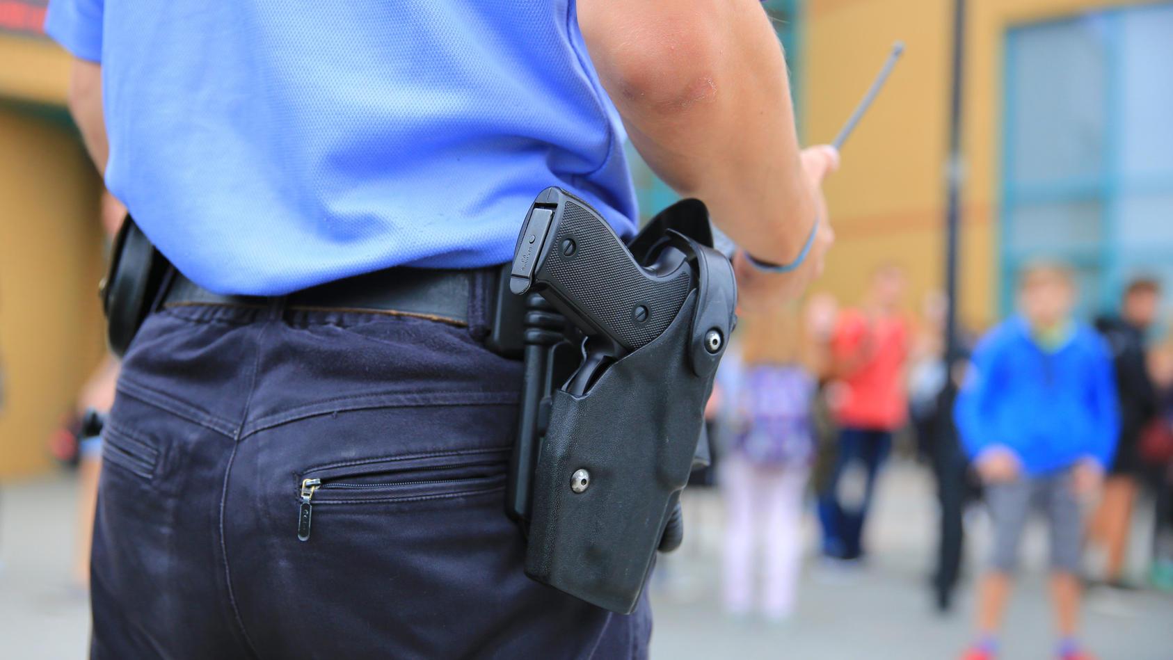An einer Schule in Heppenheim hat ein 17-Jähriger einen Lehrer verprügelt (Foto: Motivbild).