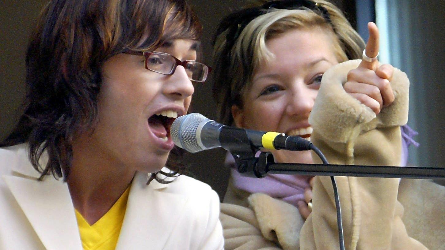 Juliette Schoppmann und andere DSDS-Mitstreiter der ersten Staffel nehmen Abschied von Daniel Küblböck.