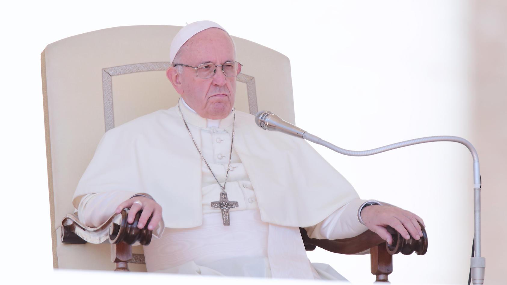 Papst Franziskus mag keine Adjektive