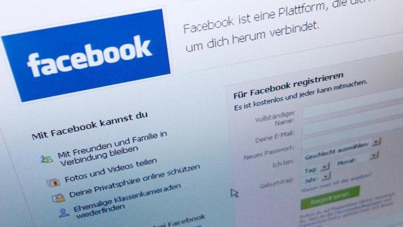 Facebook wurde vom Datenskandal um Cambridge Analytica erschüttert und stand zudem im Mittelpunkt der Debatten um gefälschte Nachrichten und russische Propaganda. Foto: Lukas Barth