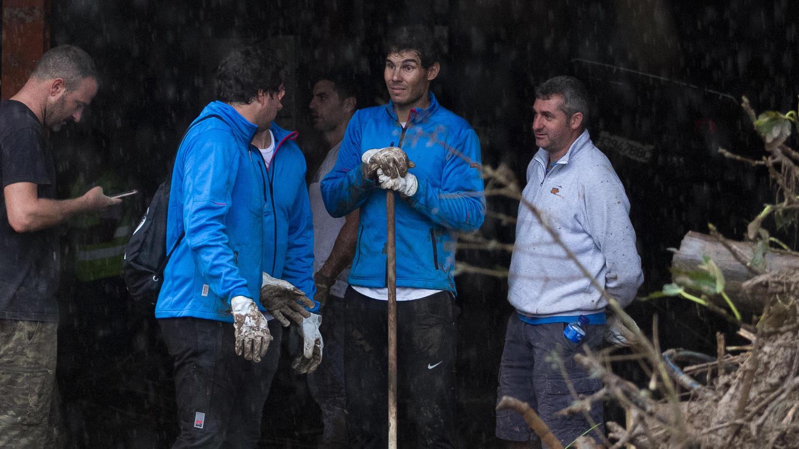 Rafael Nadal (Bild Mitte) lässt seine Insel nicht im Stich