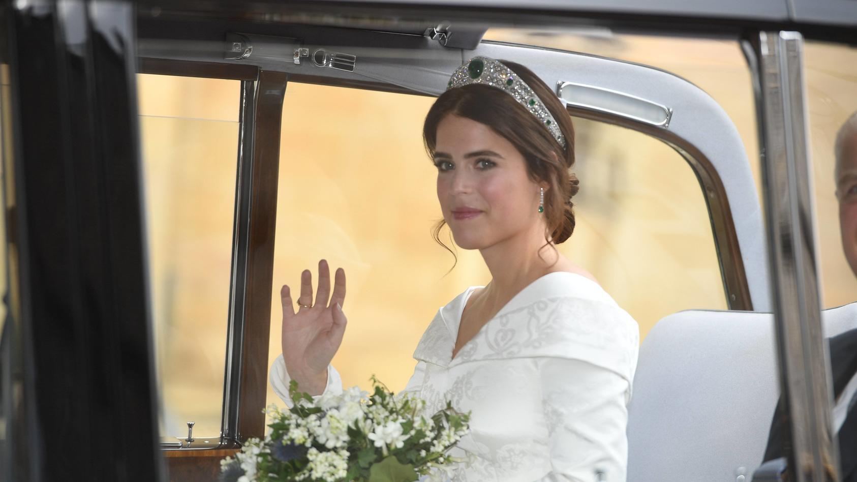 Prinzessin Eugenie fährt vor der St.-George's-Kapelle vor.