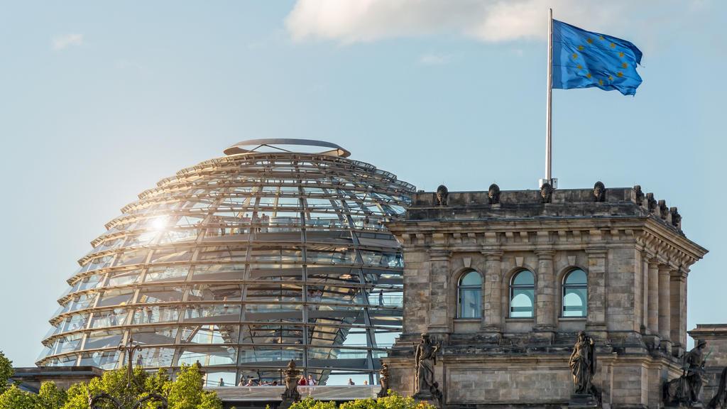 Der deutsche Bundestag: Hier nimmt die AfD regelmäßig an parlamentarischen Sitzungen teil.