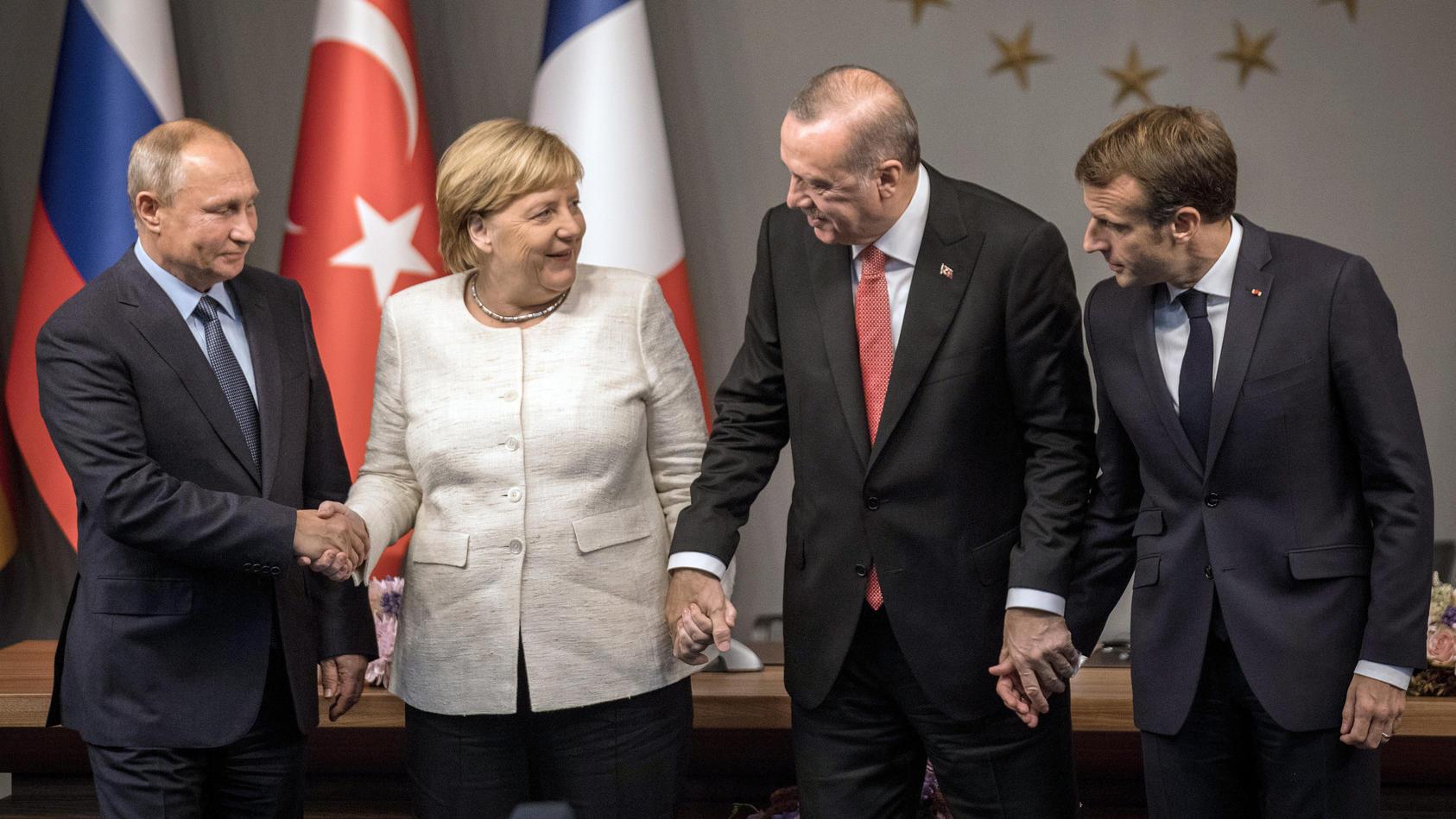 Symbolträchtiges Gruppenbild zum Abschluss des Syrien-Gipfels