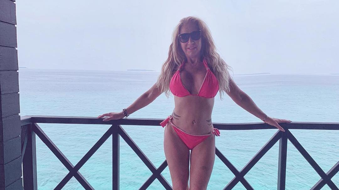 Carmen Geiss hat es beim Retuschieren ihrer Urlaubsbilder etwas übertrieben.