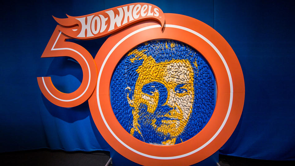 nico-rosberg-als-kunstwerk-aus-hot-wheels-