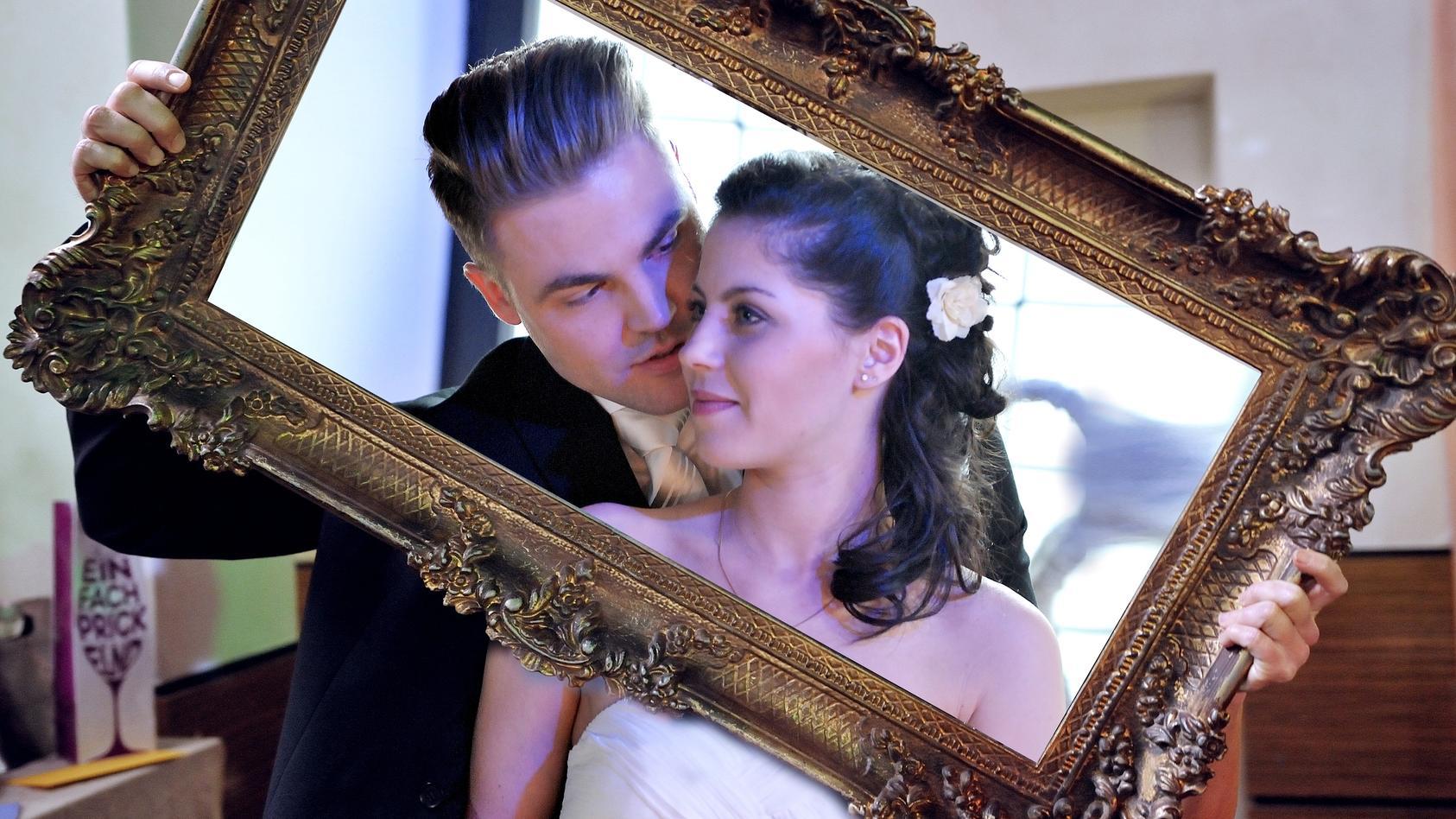 """Welche Hochzeit bei """"Unter uns"""" hat dir am besten gefallen?"""