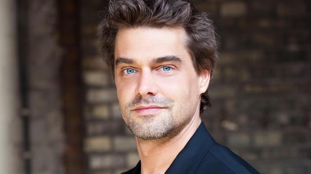 In rund 2000 Folgen von GZSZ verkörperte Raphaël Vogt die Rolle des Nico Weimershaus.