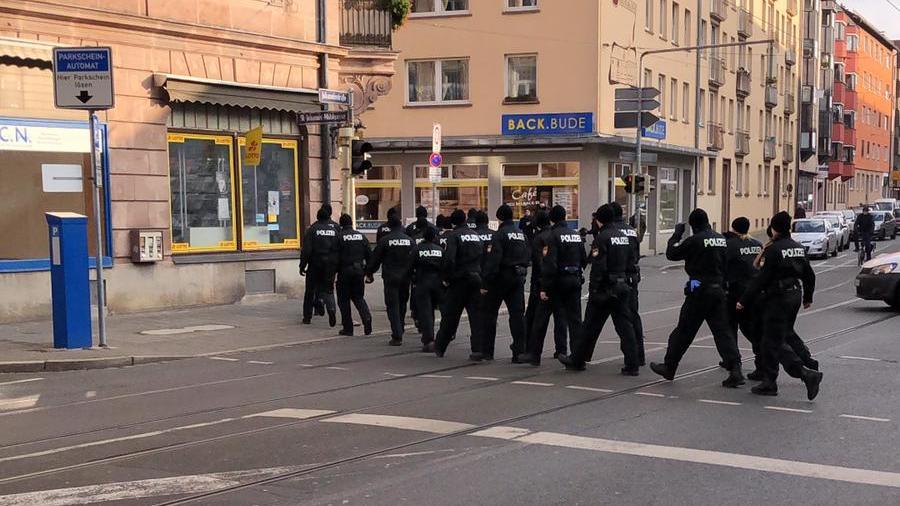 Aktueller Einsatz in Nürnberg: Polizisten sind in der Johannisstraße unterwegs.