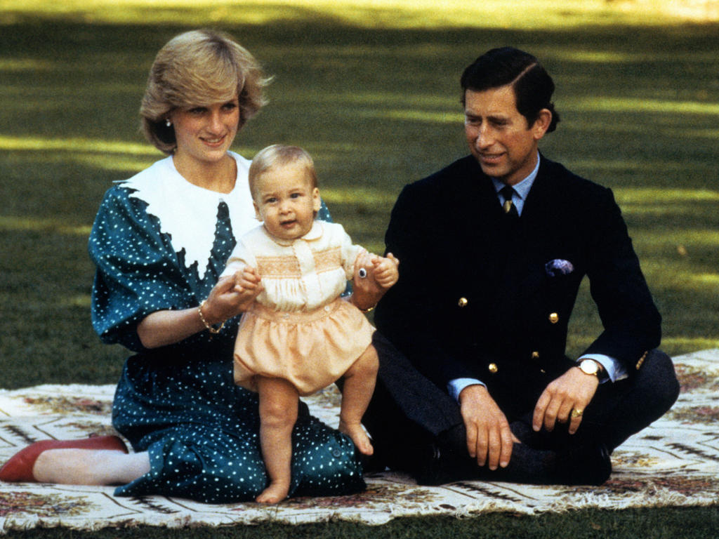 Royal baby.  File photo dated 01/05/1983 ofthe Prince and Princess Of Wales, with baby son Prince William, in the grounds of Government House in Auckland, New Zealand, during their visit to Australia and New Zealand.  Issue date: Sunday June 30, 2013