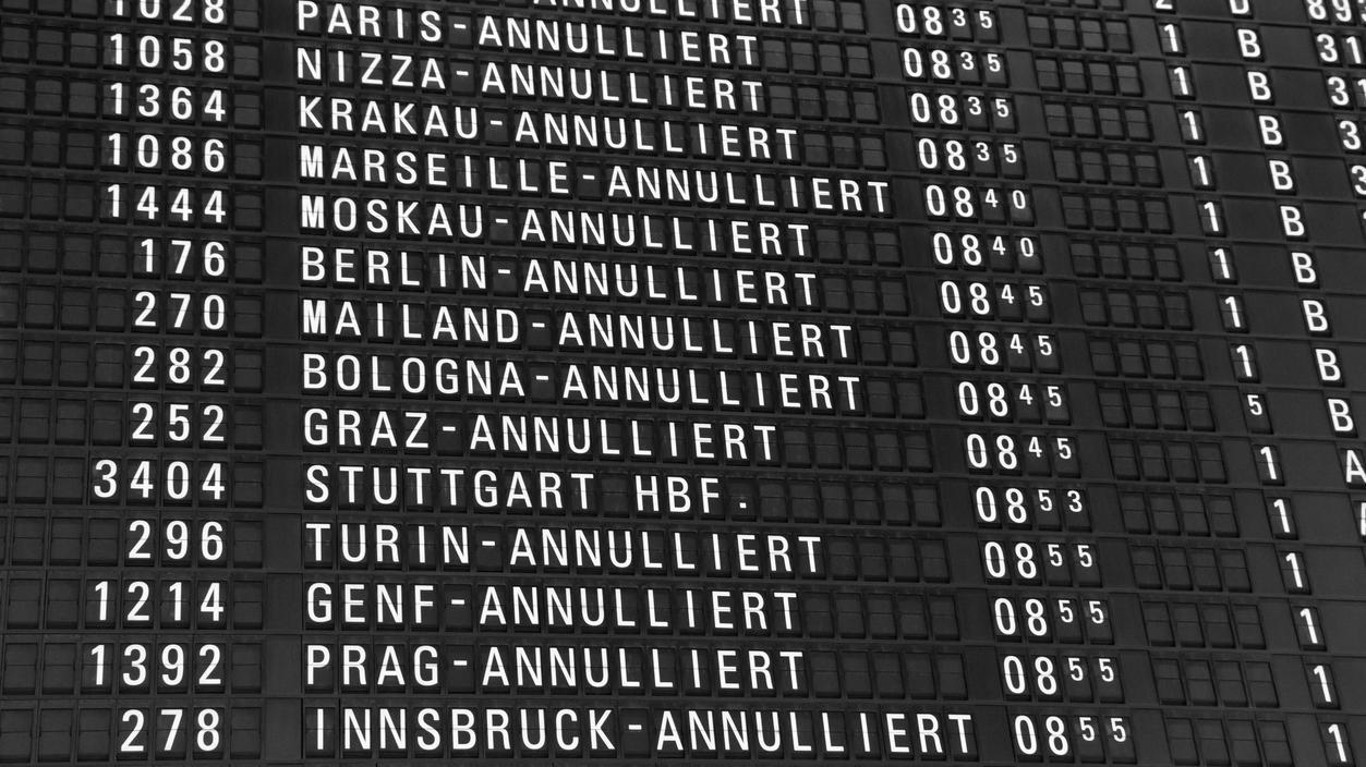 Auch wenn gestreikt wird und Flüge ausfallen, haben Passagiere Fluggastrechte.