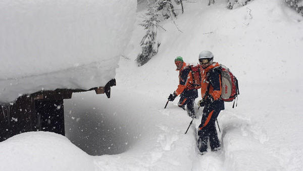 Deutscher Snowboarder in Österreich vermisst