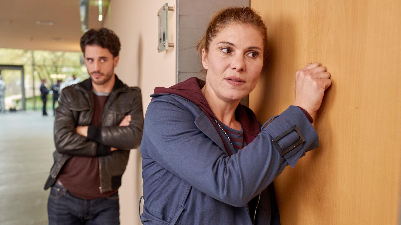 Polizeipsychologin Mina Bäumer (Yasmina Djaballah) und Thomas Waldeck (Jan Kittmann) ermitteln seit Februar auf RTL.