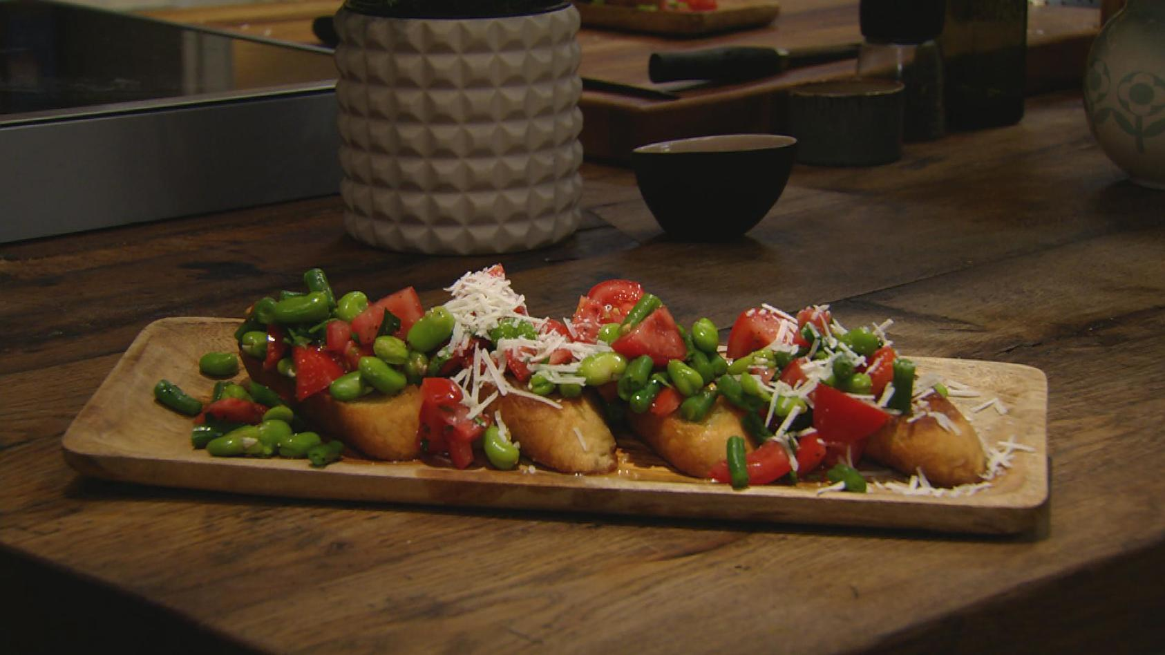 Einfach lecker. Einfach leicht.: Bohnen-Tomaten-Bruschetta