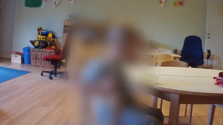 undercover-aufnahmen-schockierende-methoden-in-kita-gefilmt