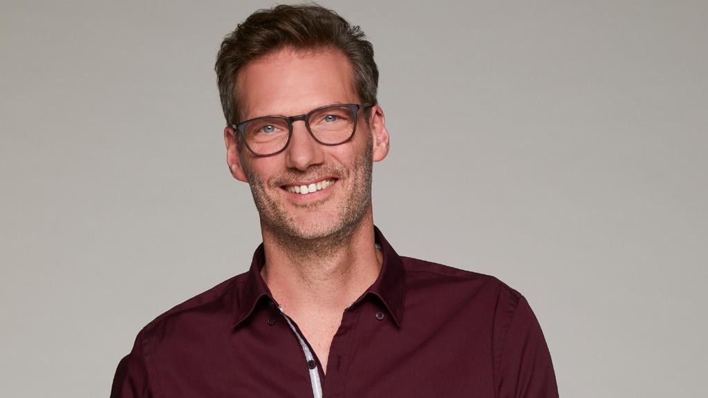 Clemens Löhr spielt bei GZSZ Alexander Cöster.