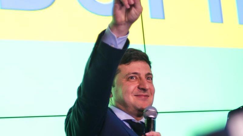 Seit fast einem Jahr ist Wladimir Selenski Präsident der Ukraine.