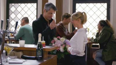 Unter uns: Benedikt könnte Brittas Überraschungsparty für