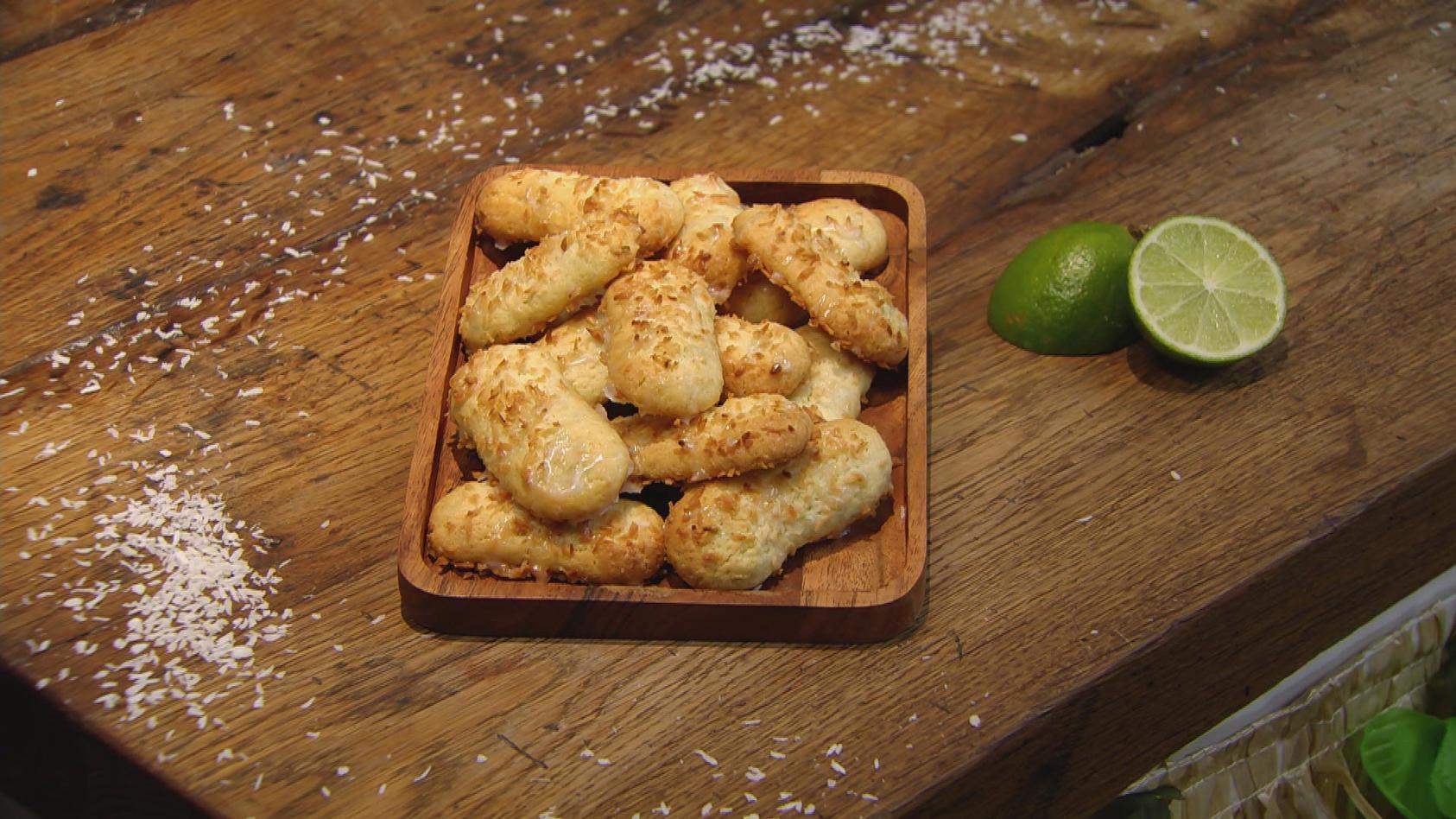 Ab in den Urlaub! Kulinarische Grüße aus der Karibik: Limetten-Kokos-Stangen
