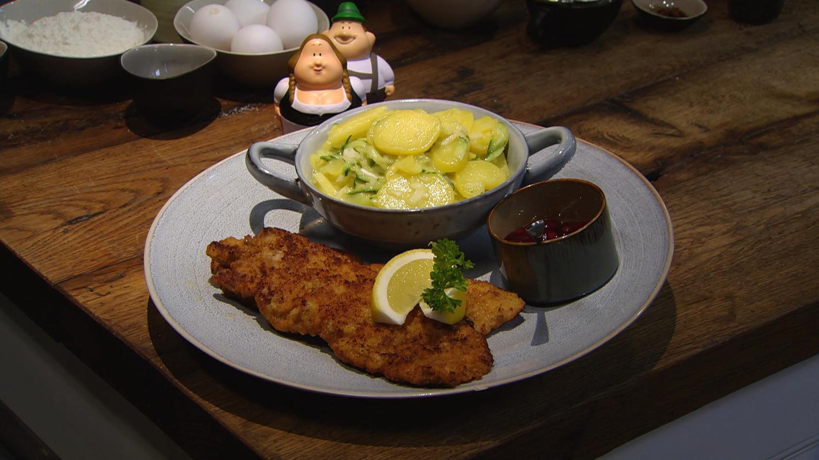 Ab in den Urlaub! Kulinarische Grüße aus Österreich: Wiener Schnitzel mit Kartoffelsalat