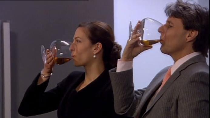 GZSZ: Beim Gerner Clan wird gerne mal getrunken.
