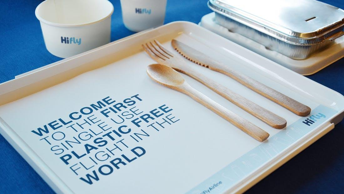 Die Airline HiFly will plastikfrei werden.