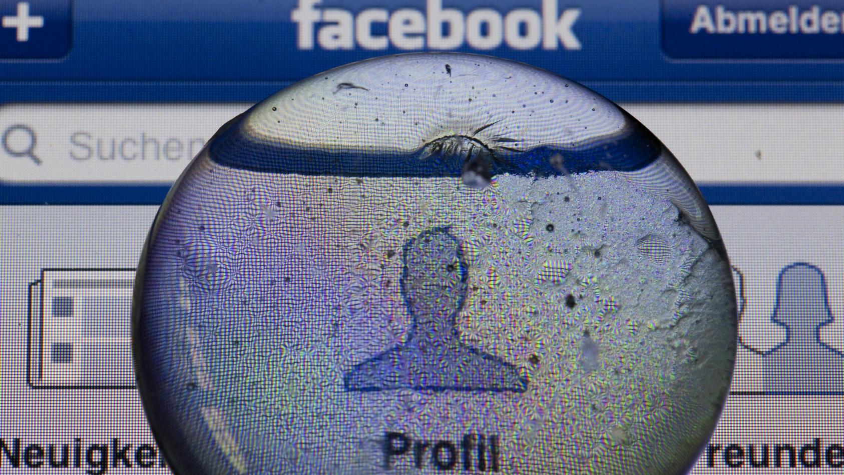 Klarnamen sollen auf Facebook und Co. Pflicht werden.