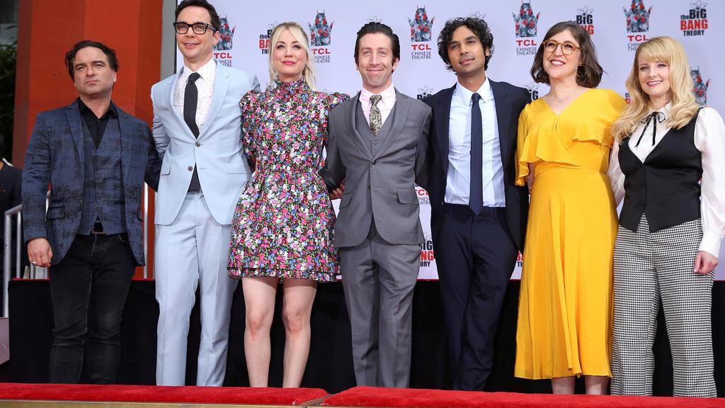 "Johnny Galecki, Jim Parsons, Kaley Cuoco, Simon Helberg, Kunal Nayyar, Mayim Bialik and Melissa Rauch sind der Cast von ""The Big Bang Theory"""