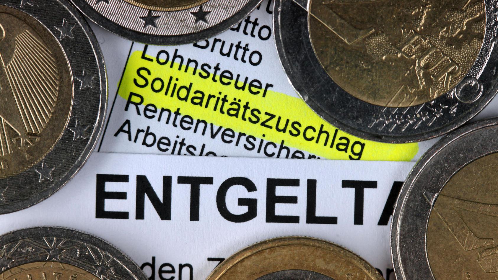Seehofer schlägt Steuerentlastung über Soli vor