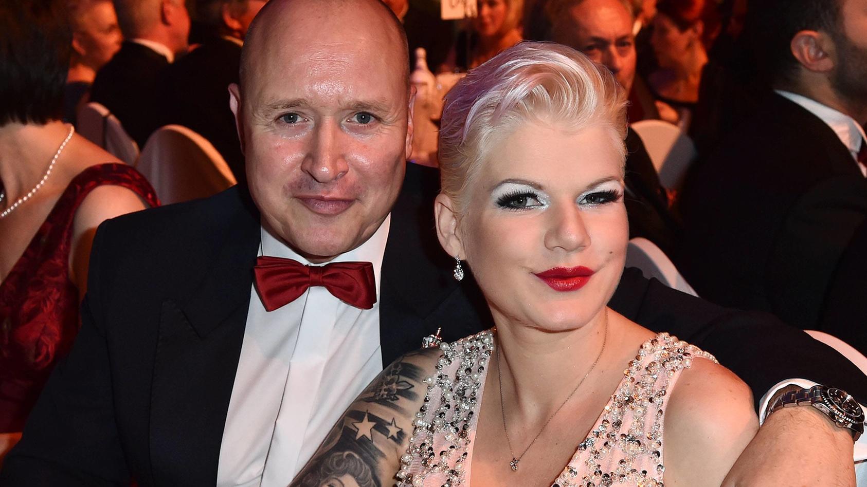 Melanie Müller und ihr Ehemann Mike Blümel beim Leipziger Opernball 2017.