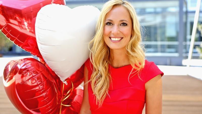 Moderatorin Angela Finger-Erben freut sich auf ihr zweites Kind.