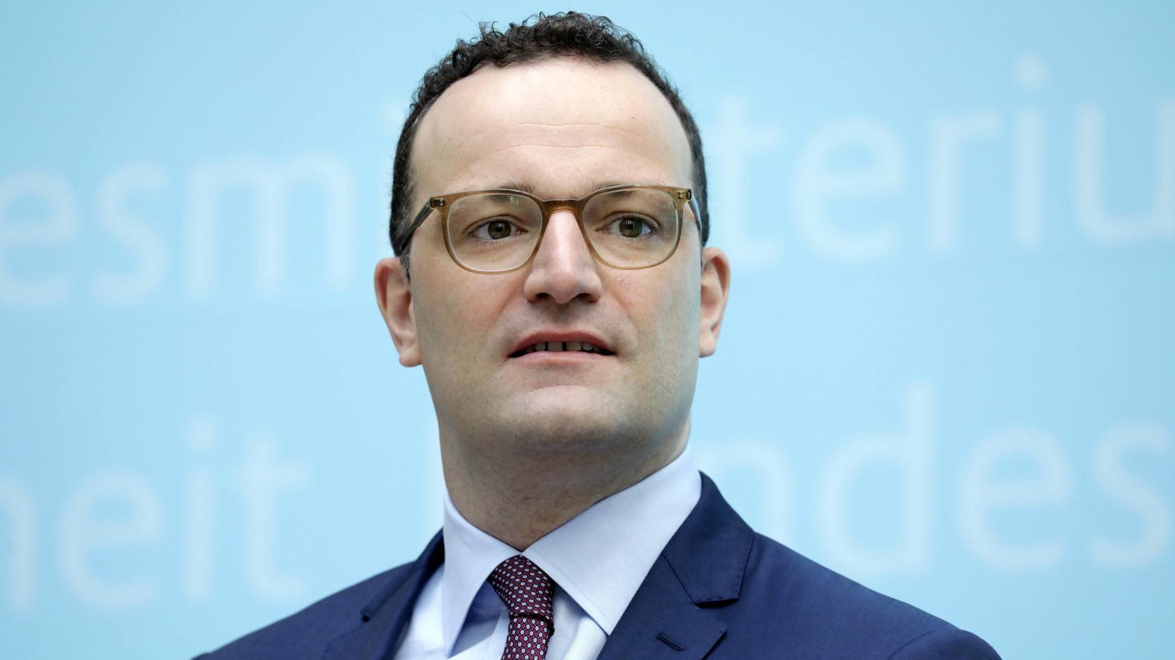 Gesundheitsminister Jens Spahn (CDU)  will einen neuen Mindestlohn für Pflegekräfte.