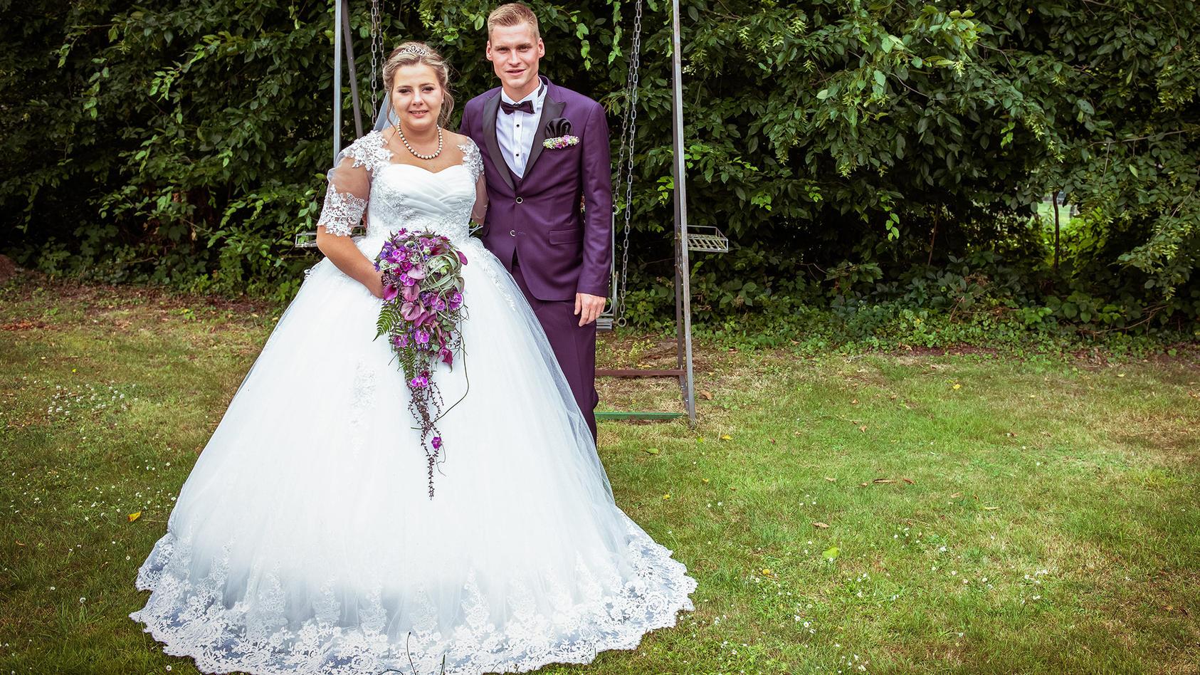 Strahlend schön bei der Hochzeit von Sarafina Wollny und Peter