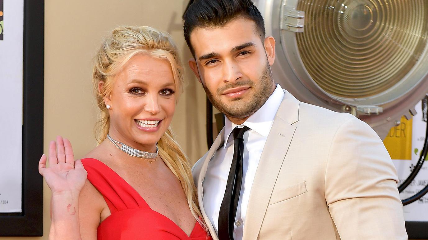 Britney Spears (35 anni) festeggia il compleanno del toy