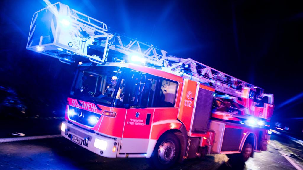 Eine Feuerwehr in Nordrhein-Westfalen veröffentlicht eine anonyme Mail von Anwohnern, die sich über ein lautes Martinshorn beschweren.