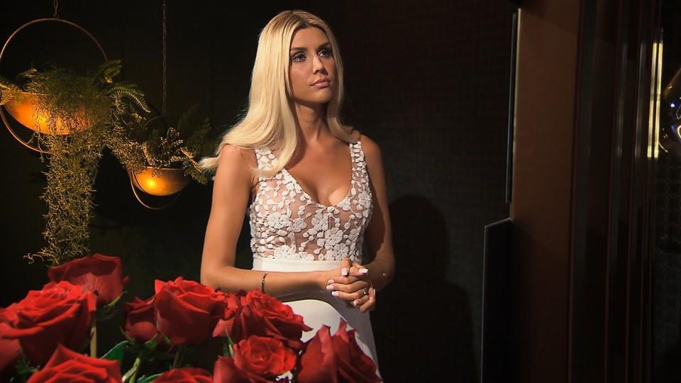 Gerda staunt nicht schlecht: Fabio will ihre Rose nicht annehmen.
