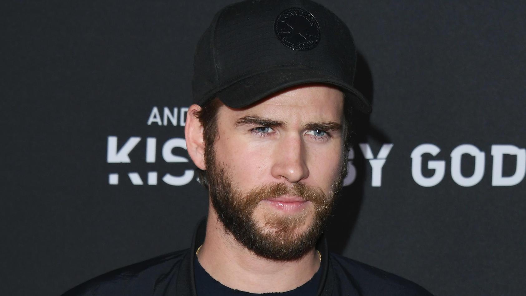 Sichtlich niedergeschlagen: Liam Hemsworth scheint die Trennung von Miley Cyrus zu Schaffen zu machen.