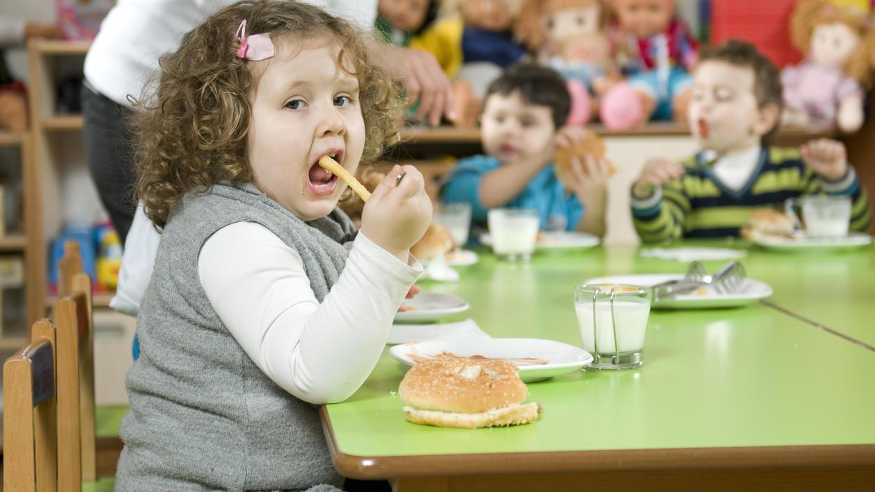 Die App soll Kindern und Jugendlichen dabei helfen, ihre Ernährung zu verbessern.