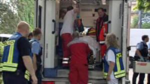 Tödliche Schüsse: In einem Frankfurter Jobcenter hat eine Polizistin nach einem Messerangriff:eine Frau erschossen.