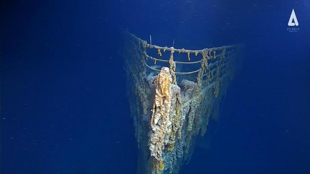 """22.08.2019, ---, Atlantischer Ozean: In diesem aus einem Video von Atlantic Productions entnommene Standbild zeigt einen Teil des 1912 gesunkenen Luxusdampfers, """"Titanic"""". Mit fünf Tauchgängen gelang es einer Expeditionscrew, in 3800 Meter Tiefe Vide"""