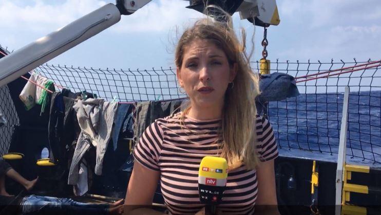 RTL-Reporterin Carolin Unger berichtet von Bord der Alan Kurdi.