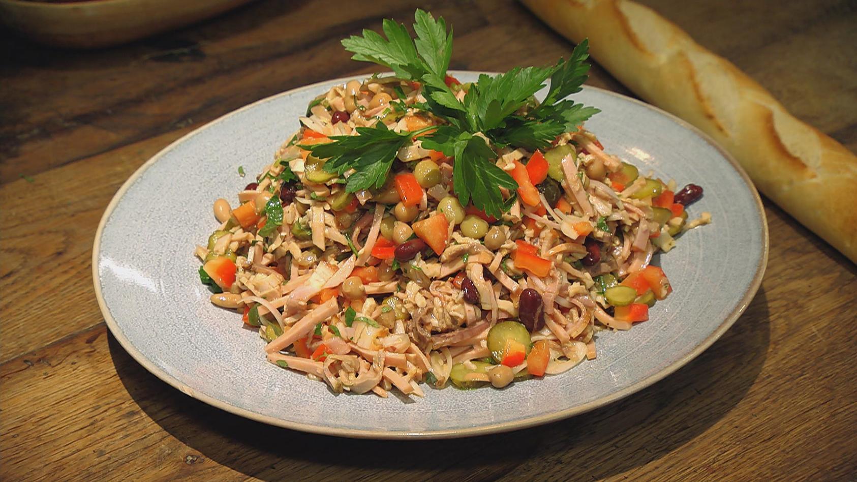 Hitverdächtig – Das Revival der Klassiker: Mediterraner Fleischsalat