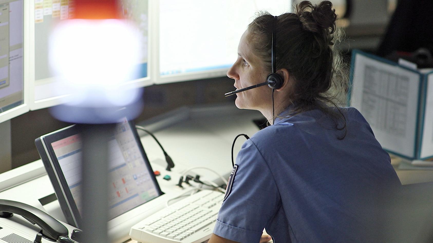 112-Notrufe: Anrufer können genau geortet werden - ohne Standort aktiviert zu haben!