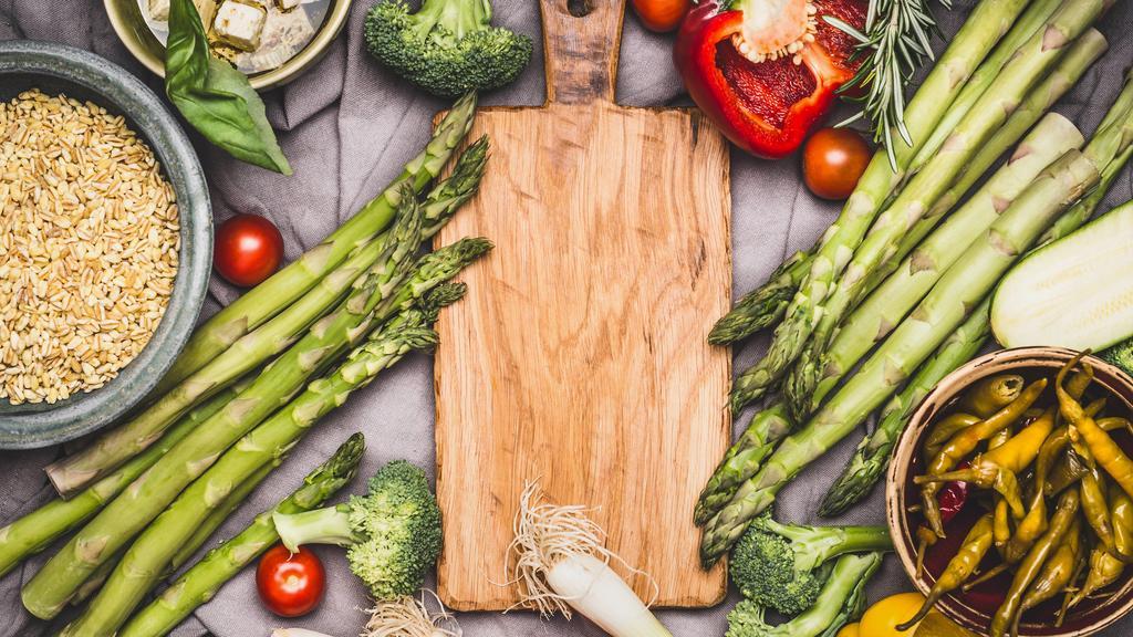 Foodboxen enthalten Lebensmittel, Produktneuheiten, Getränke und mehr.