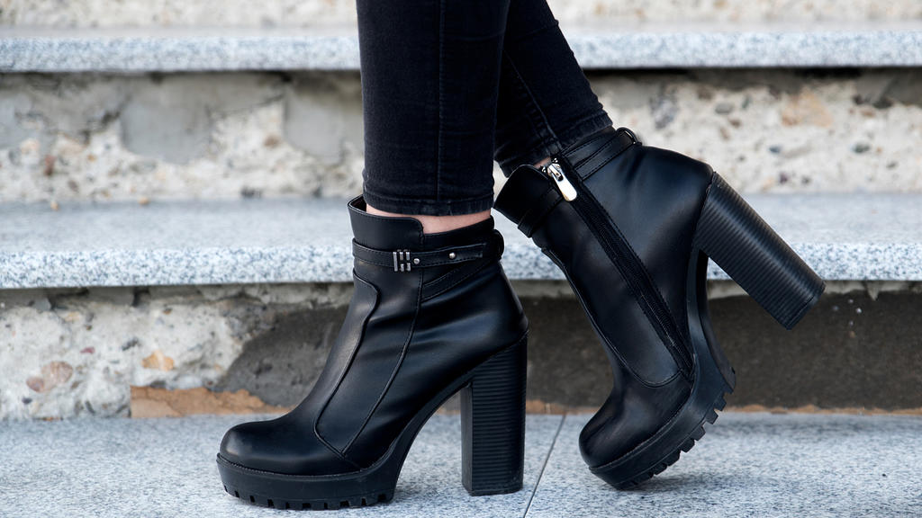 Plateau-Schuhe liegen wieder voll im Trend